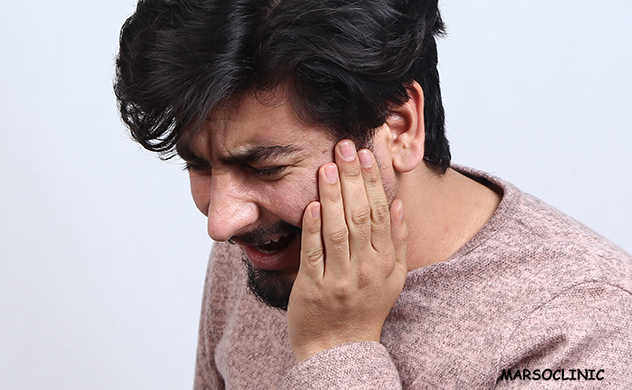Sore throat on one side when yawing or when swallowing