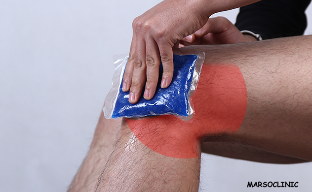 pain in back of knee when squatting